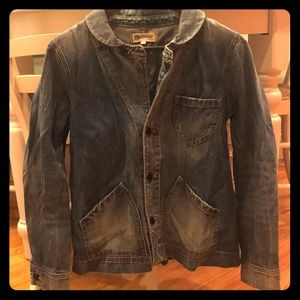 Jean jacket with Peter Pan collar